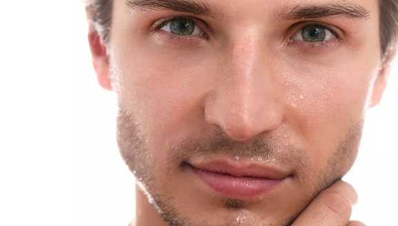 Soins de visage pour hommes